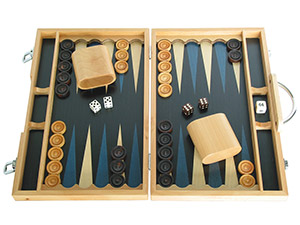 Wood Backgammon Sets: Medium