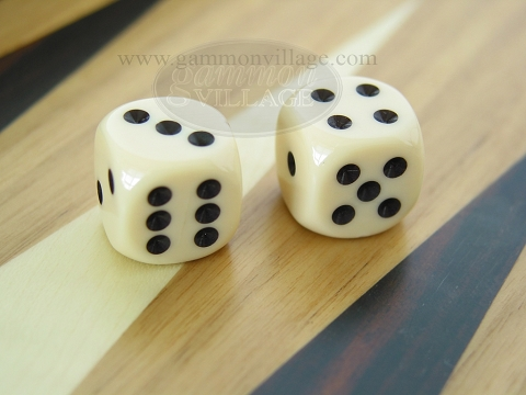 Rounded High Gloss Solid Dice - Ivory (1 pair)
