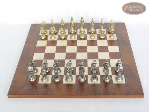 The Aristocratic Chessmen with Italian Lacquered Chess Board [Wood]