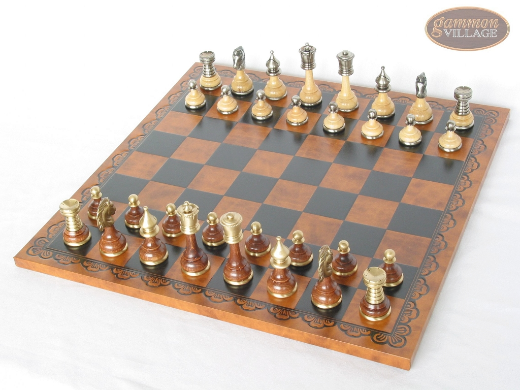 Champion Brass Staunton Chessmen with Patterned Italian Leatherette Chess Board