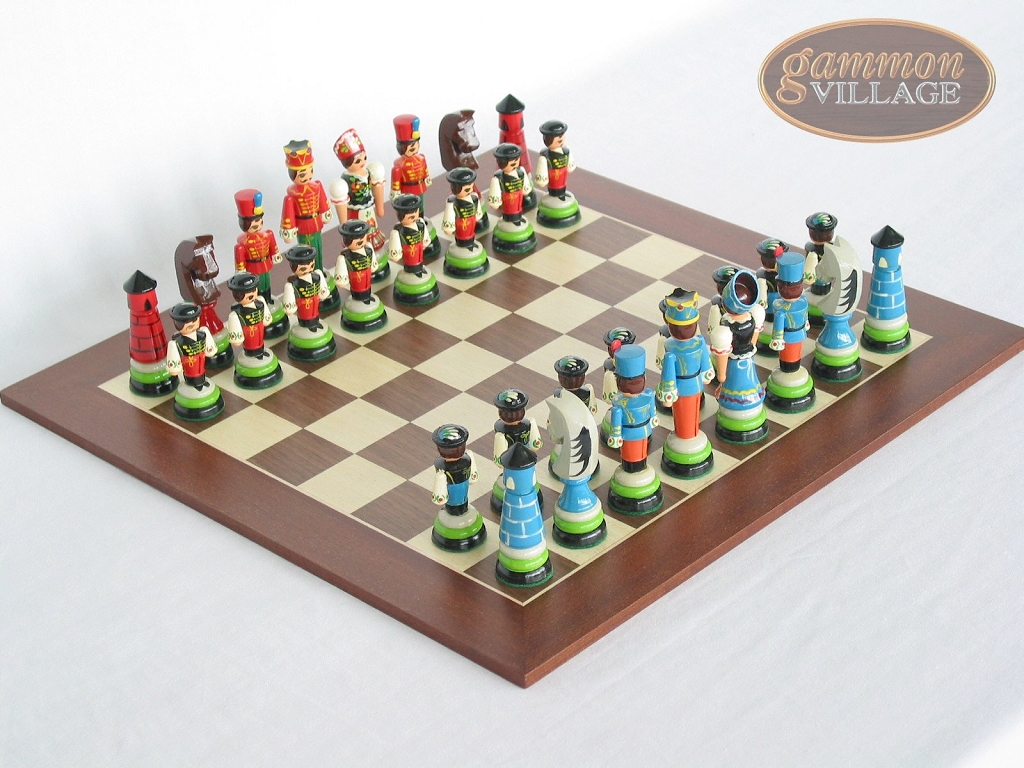Hungarian Szur Chessmen with Spanish Wood Chess Board