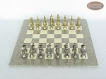 picture of The Aristocratic Chessmen with Spanish Lacquered Chess Board [Grey] (3 of 7)