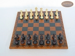 picture of Professional Staunton Maple Chessmen with Patterned Italian Leatherette Chess Board (3 of 5)