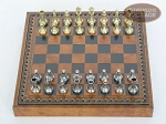 picture of Italian Brass/Silver Staunton Chessmen with Patterned Italian Leatherette Chess Board with Storage [Small] (3 of 7)