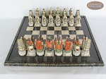 picture of Luxury Oriental Chessmen with Italian Lacquered Board [Black] (3 of 7)
