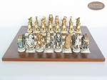 picture of Jungle Life Chessmen with Italian Lacquered Chess Board [Wood] (4 of 8)