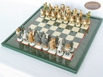 picture of Jungle Life Chessmen with Italian Lacquered Chess Board [Green] (2 of 8)