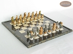 Jungle Life Chessmen with Italian Lacquered Board [Black]
