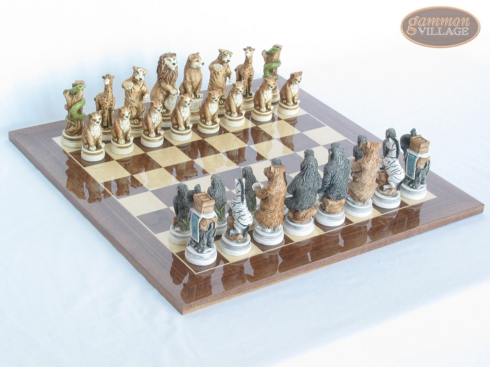 Jungle Life Chessmen with Spanish Lacquered Chess Board [Wood]